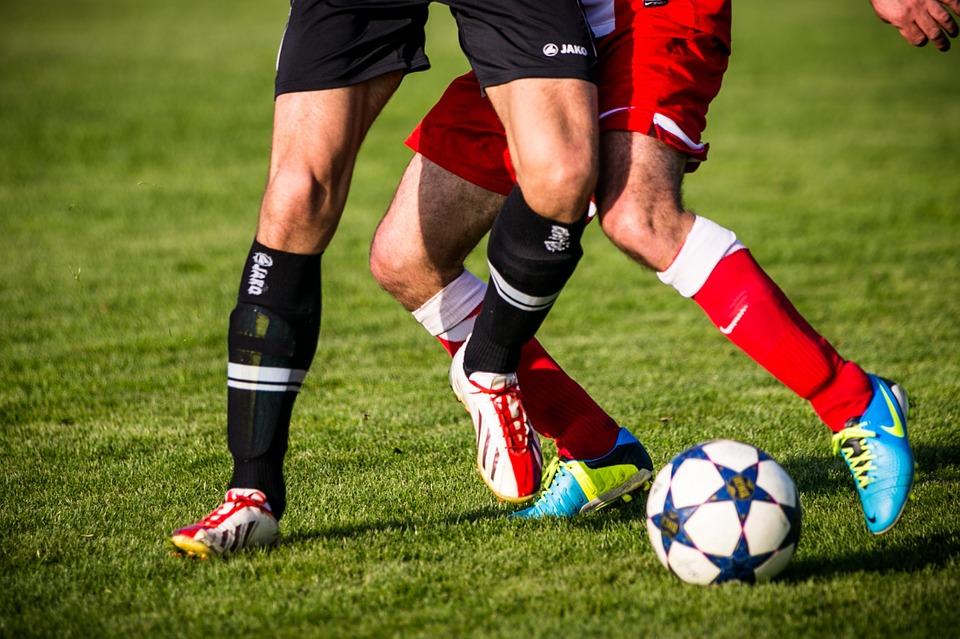 football-606235_960_720