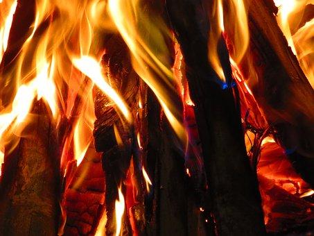 wood-2375744__340